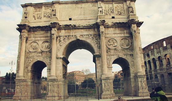 欧式半圆罗马驻图片