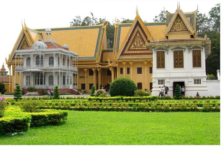 柬埔寨旅游景点大全 柬埔寨旅游美食推荐