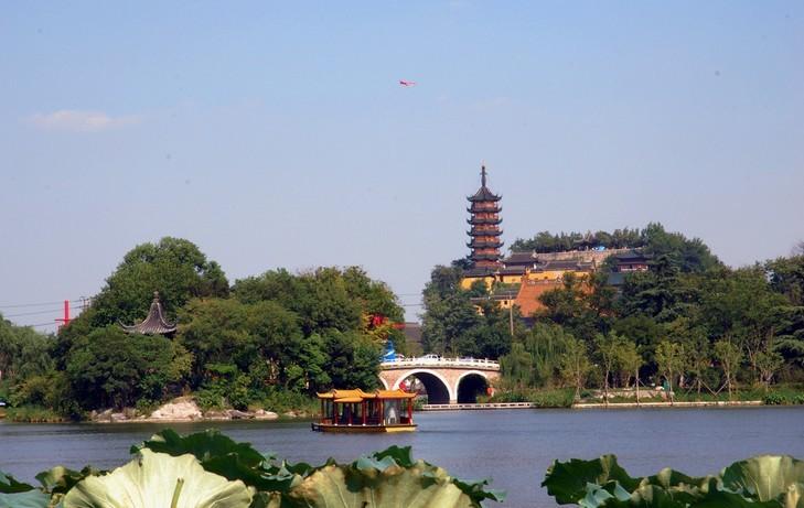 位于江苏镇江的北固山是镇江三山名胜之一
