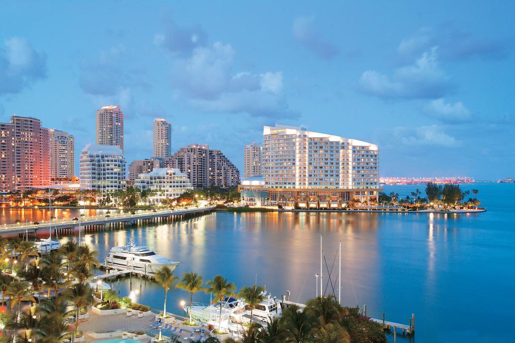 迈阿密地铁是在美国佛罗里达州迈阿密地区地区