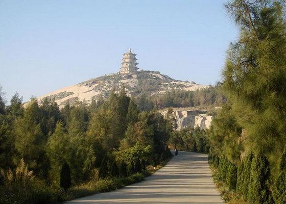 石狮黄金海岸位于福建省泉州市石狮永宁镇