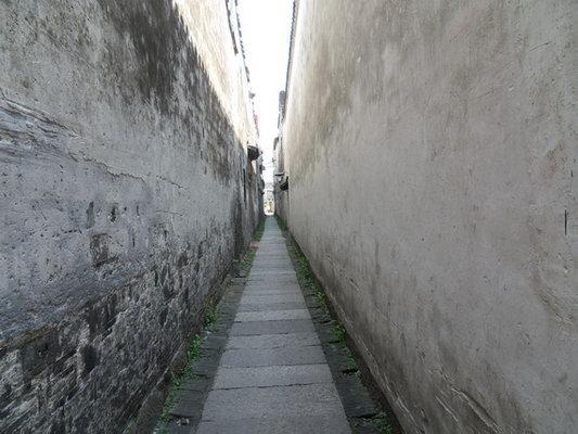 一点透视小巷手绘图