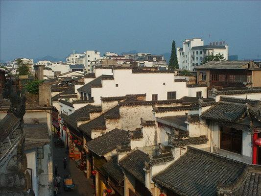 从上海飞往黄山的航班时间没得挑