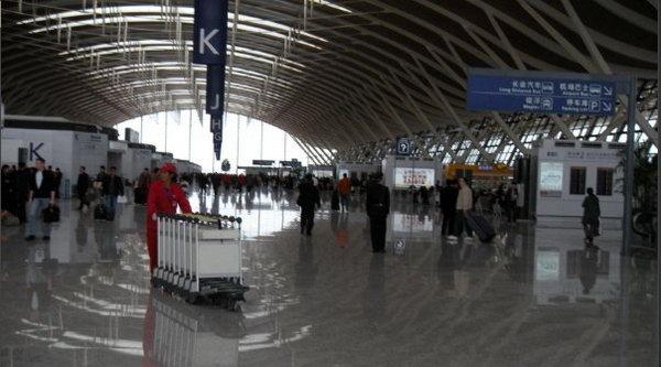 2009年3月11日,乘坐南航cz3752航班由浦东机场出发,到珠海.