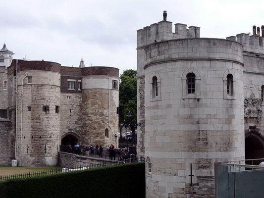 白塔是伦敦塔中最古老的建筑物