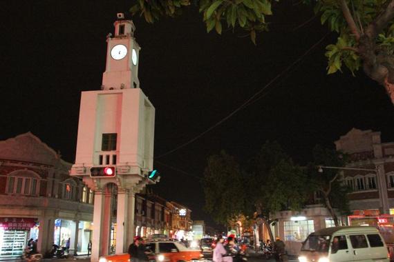 泉州钟楼; 地下看西安